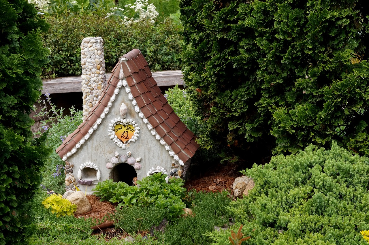 6 Great Fairy Garden Ideas